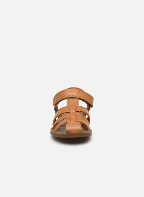 Sandales et nu-pieds Shoo Pom Solar Tonton Marron vue portées chaussures