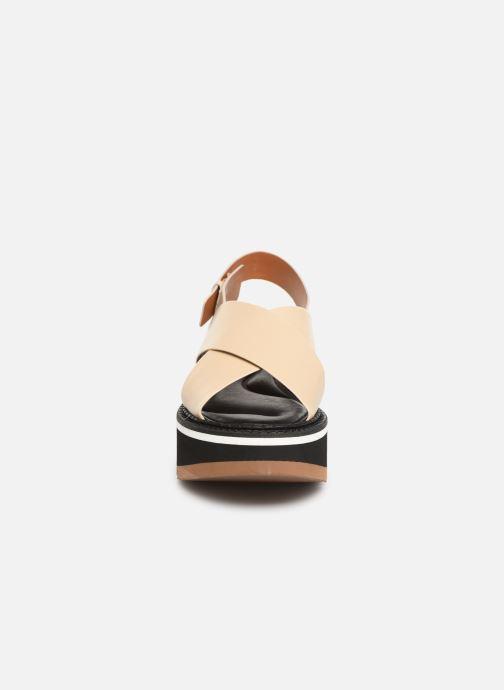 Sandales et nu-pieds Clergerie Anae Beige vue portées chaussures