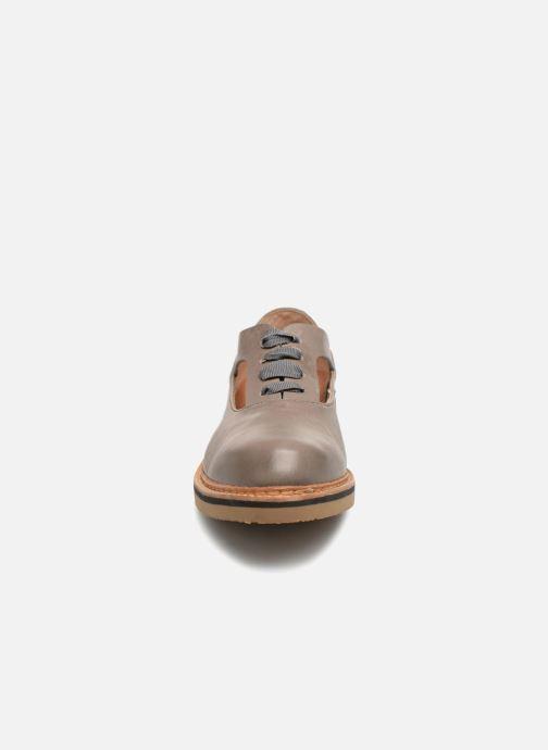 Schnürschuhe Neosens Albilla S926 grau schuhe getragen