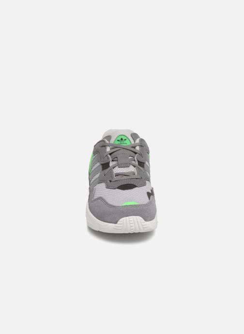 Sneakers adidas originals Yung-96 C Grijs model