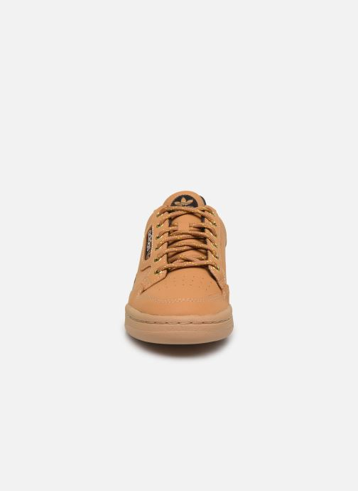Baskets adidas originals Continental 80 J Marron vue portées chaussures