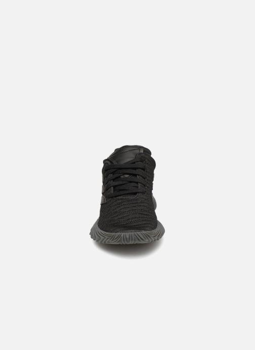 Baskets adidas originals Sobakov J Noir vue portées chaussures