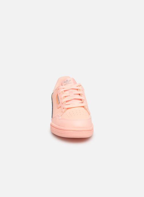 Baskets adidas originals Continental 80 C Orange vue portées chaussures