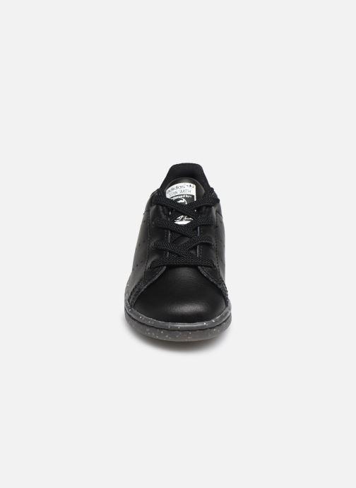 Sneakers adidas originals Stan Smith EL I Nero modello indossato