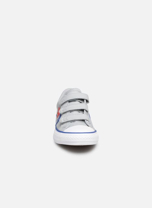 Sneaker Converse Star Player 3V Ox Spring Essentials grau schuhe getragen