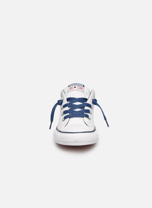 Sneakers Converse Chuck Taylor All Star Street Slip Canvas Bianco modello indossato