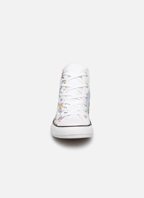 b7a871dfa13 Baskets Converse Chuck Taylor All Star Hi Unicorn Print Multicolore vue  portées chaussures