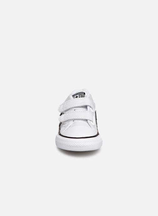 Baskets Converse Star Player 2V Ox Spring Essentials Blanc vue portées chaussures