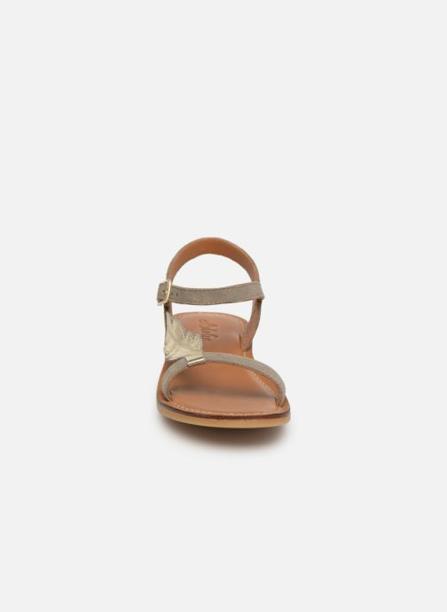 Sandales et nu-pieds Adolie Lazar Feather Argent vue portées chaussures