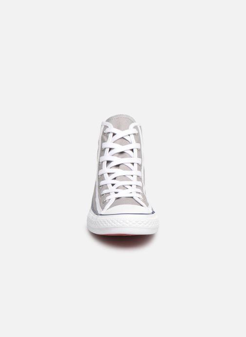 Baskets Converse Chuck Taylor All Star Hi Gamer Gris vue portées chaussures