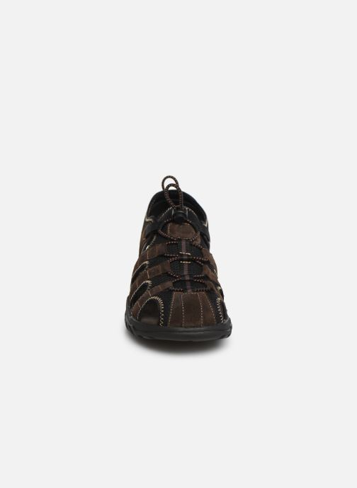 Sandali e scarpe aperte Dockers Frédéric Marrone modello indossato