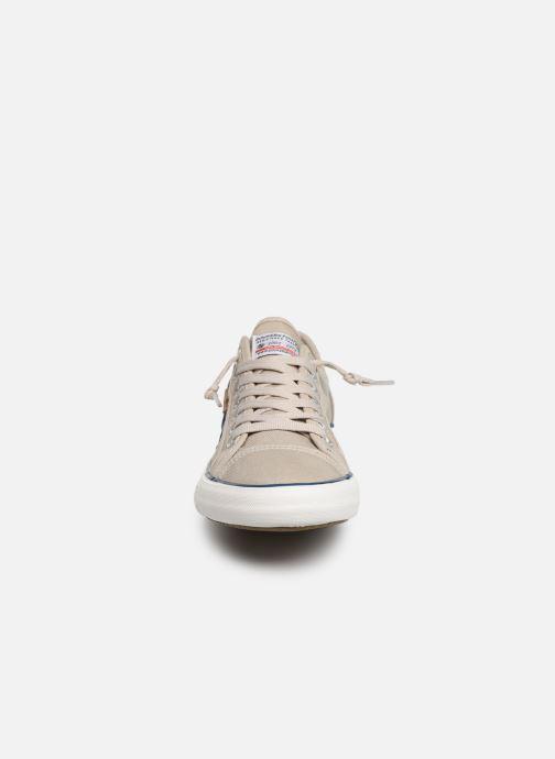 Baskets Dockers Emilien Beige vue portées chaussures
