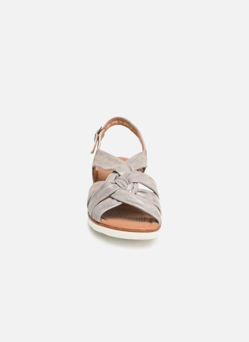 Sandales et nu-pieds Ara Lugano 35701 Gris vue portées chaussures