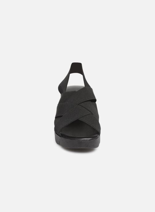 Sandales et nu-pieds The Flexx Slingastic Noir vue portées chaussures