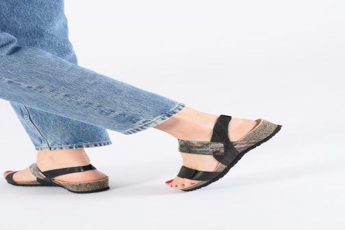 Sandales et nu-pieds Think! Dumia 84373 Noir vue bas / vue portée sac