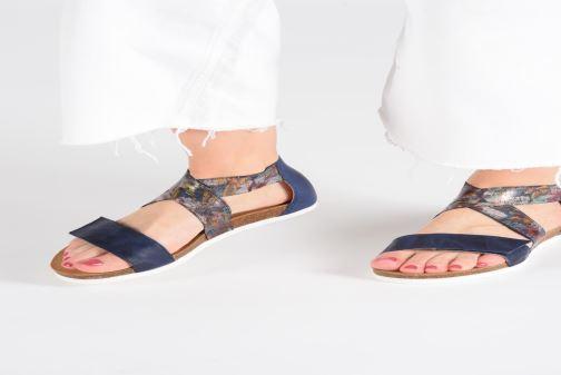 Sandales et nu-pieds Think! Shik 84593 Bleu vue bas / vue portée sac