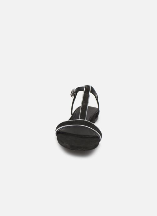 Sandales et nu-pieds Esprit CHERIE T STRAP Noir vue portées chaussures