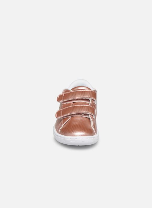 Baskets Lacoste Carnaby Evo 119 6 Inf Rose vue portées chaussures