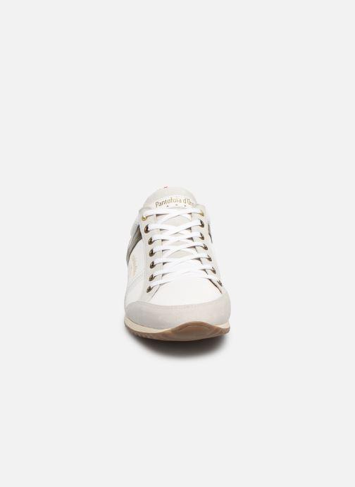 Baskets Pantofola d'Oro Matera Uomo Low Blanc vue portées chaussures