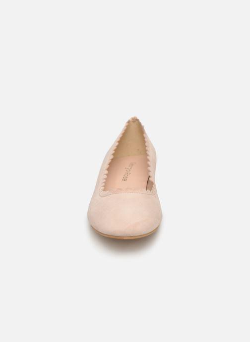 Ballerines Georgia Rose Safesti Beige vue portées chaussures