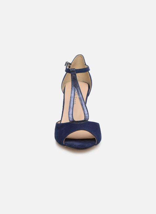 High heels Georgia Rose Sagouta Blue model view