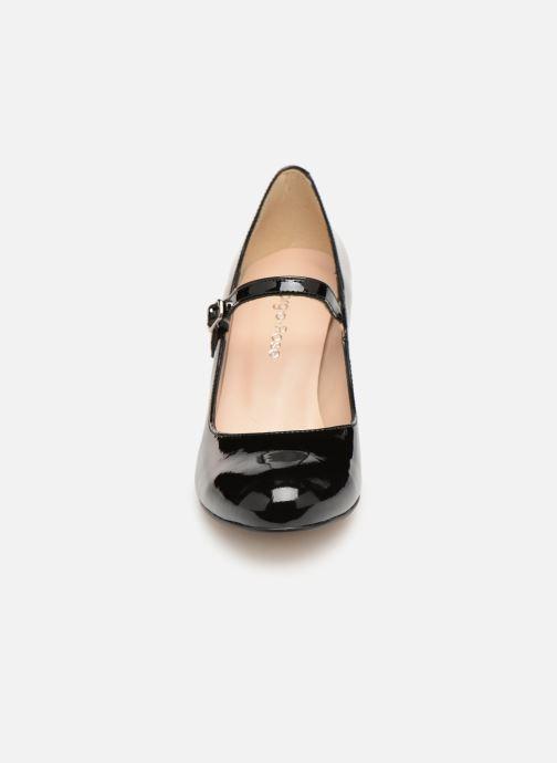 Zapatos de tacón Georgia Rose Sheima Negro vista del modelo