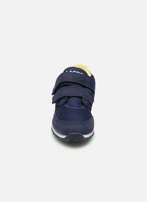 Baskets Lacoste L.ight 119 1 Inf Bleu vue portées chaussures