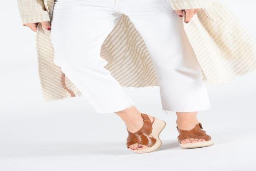 Sandalen Pikolinos Costacabana W3X-1791 braun ansicht von unten / tasche getragen
