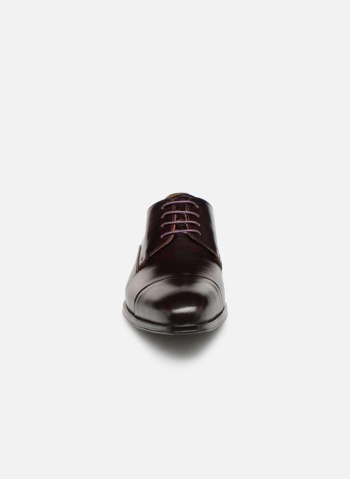 Chaussures à lacets Marvin&Co Newnight Bordeaux vue portées chaussures