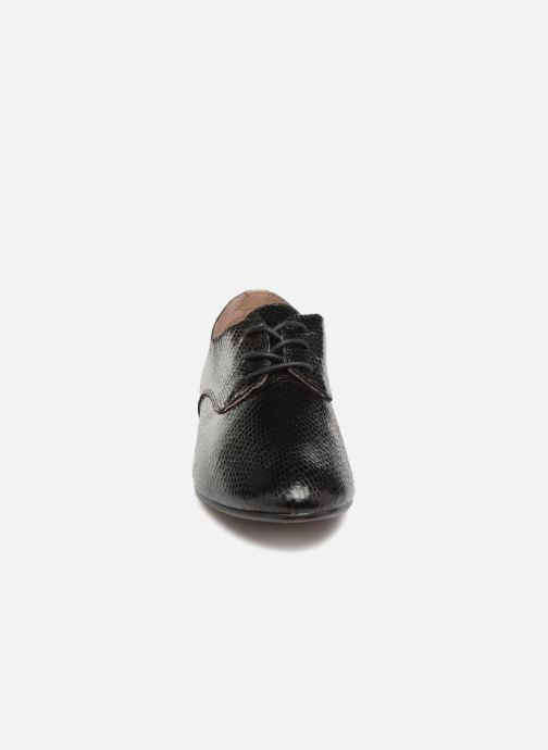 Schnürschuhe Vanessa Wu RL1142 schwarz schuhe getragen