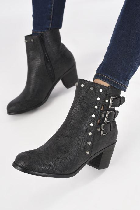 Bottines et boots Vanessa Wu BT1421 Noir vue bas / vue portée sac