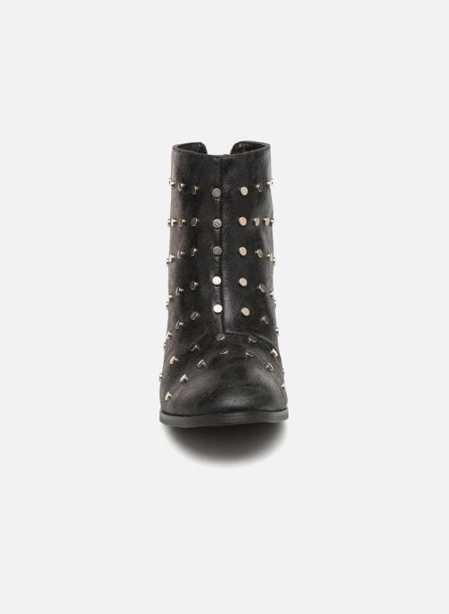 Bottines et boots Vanessa Wu BT1596 Noir vue portées chaussures