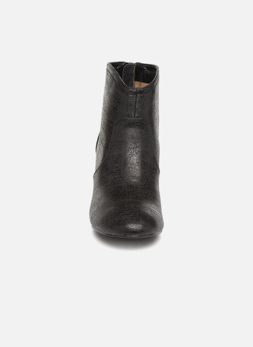 Stiefeletten & Boots Vanessa Wu BT1676 schwarz schuhe getragen