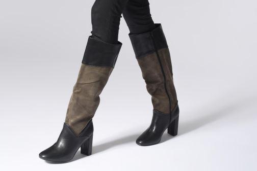 Stiefel Vanessa Wu BT1647 schwarz ansicht von unten / tasche getragen
