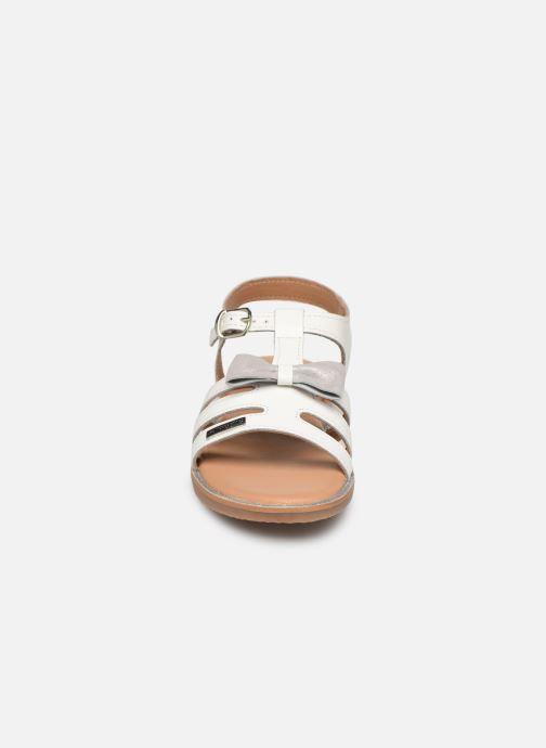 Sandales et nu-pieds Les Tropéziennes par M Belarbi Ingrida Blanc vue portées chaussures