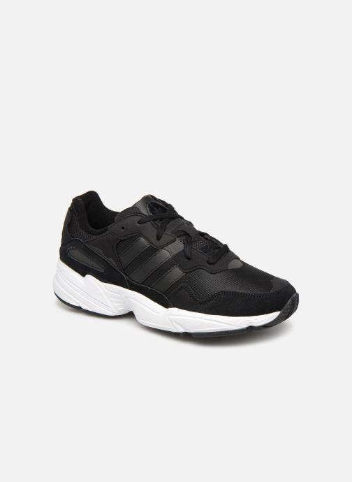 Baskets Adidas Originals Yung-96 Noir vue détail/paire