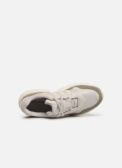 Baskets adidas originals Yung-96 Blanc vue gauche