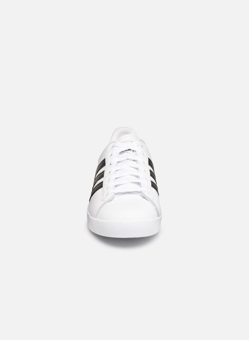 Sneakers adidas originals Coast Star Wit model