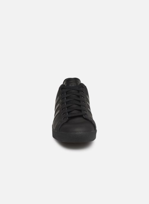 Baskets adidas originals Coast Star Noir vue portées chaussures