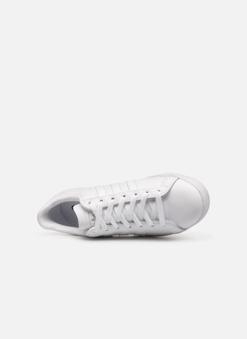 Trainers Adidas Originals Coast Star White view from the left