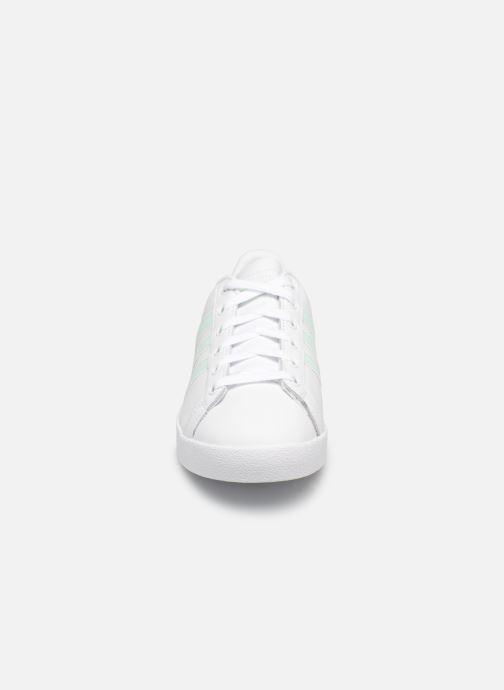 Sneakers Adidas Originals Coast Star W Bianco modello indossato