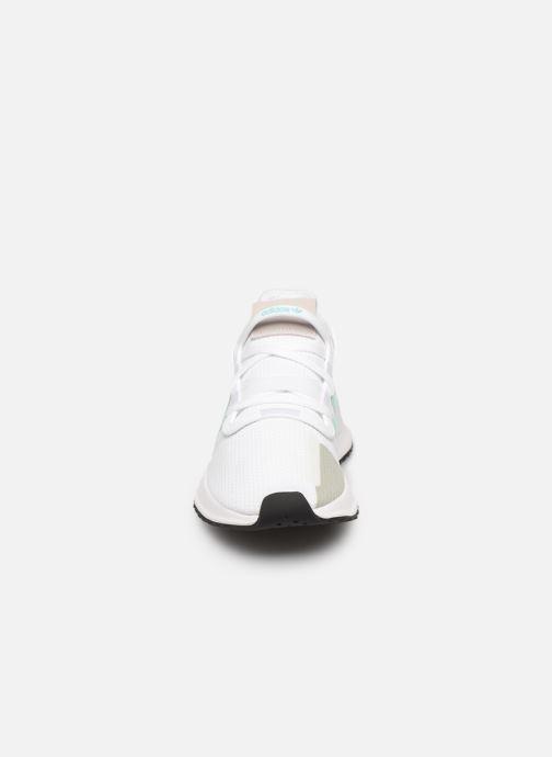 Baskets adidas originals U_Path Run W Blanc vue portées chaussures