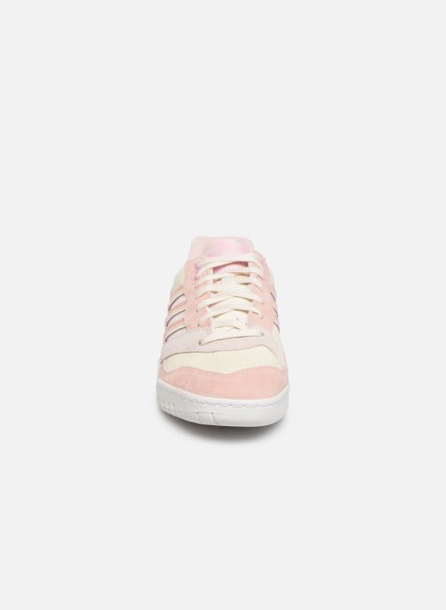 adidas originals A.R. Trainer W (Rose) Baskets chez