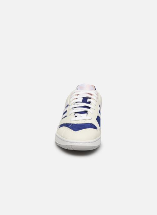 Trainers adidas originals A.R. Trainer W White model view