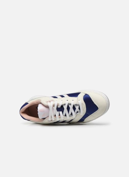 Trainers adidas originals A.R. Trainer W White view from the left