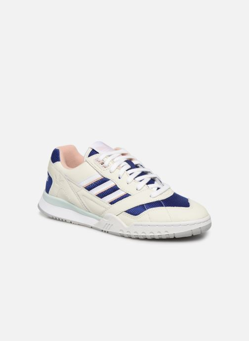 Trainers adidas originals A.R. Trainer W White detailed view/ Pair view