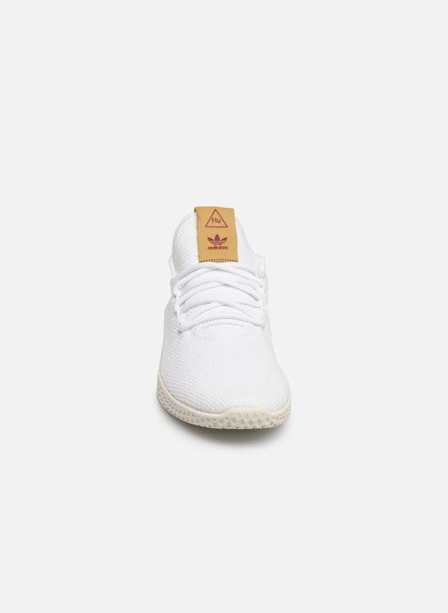 Baskets adidas originals Pw Tennis Hu W Blanc vue portées chaussures