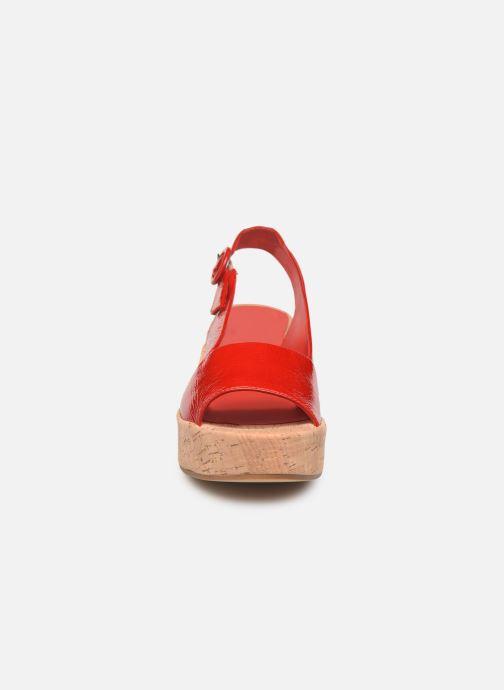 Sandali e scarpe aperte HÖGL Seaside Rosso modello indossato