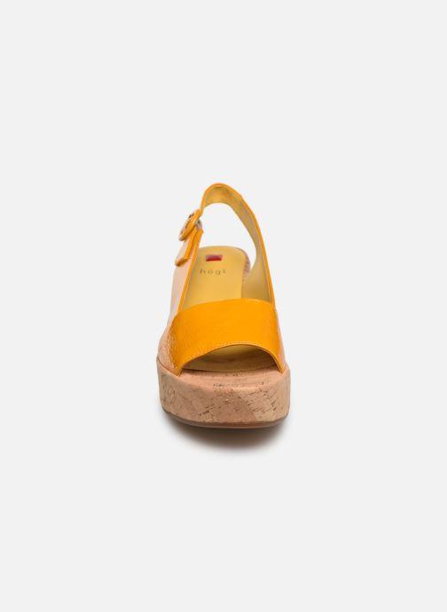 Sandales et nu-pieds HÖGL Seaside Jaune vue portées chaussures