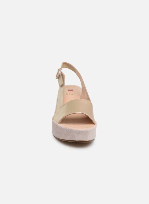 Sandali e scarpe aperte HÖGL Seaside Rosa modello indossato